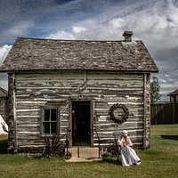 The Paul House - Visit our Little Houses on the Prairie