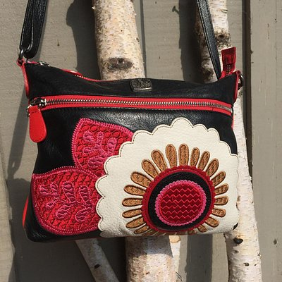 I LOVE this purse and it's one example of the very cool things you can find in this store.