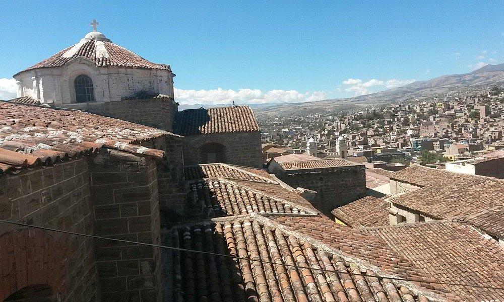 Ayacucho, capital de la artesanía y religiosidad