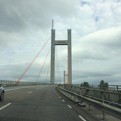 Tjörnbron på väg mot fastlandet