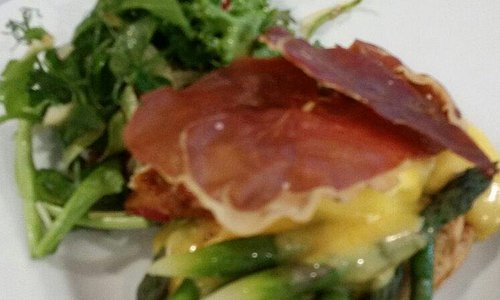 Asparagus tart with pancetta, poached egg and hollandaise sauce. Absolutely superb!!!