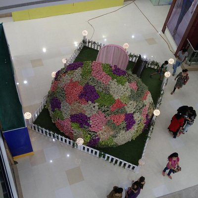 A display of Giant Bouquet on ground floor.