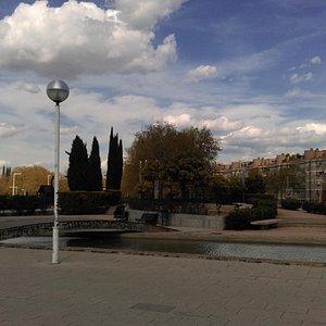 Parc de Carles I, март 2016 года...