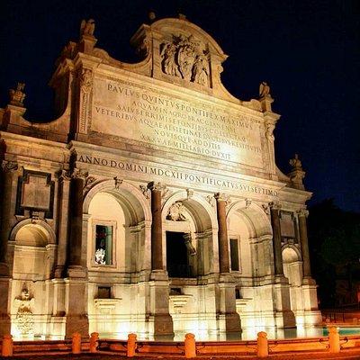 Roma la stupenda , Roma la Santa , Roma la pazza !!