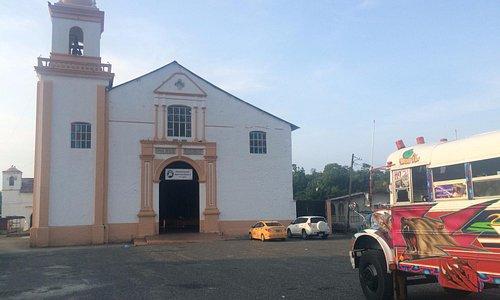 Diablo Rojo in front of the Church