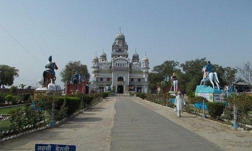 Gurudwara Shri Mehdiana Sahib