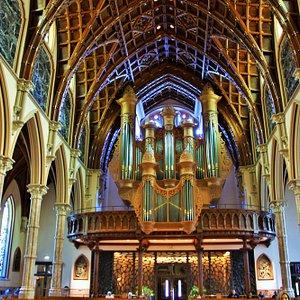 les voûtes et lorgue_cathédrale holy name_chicago