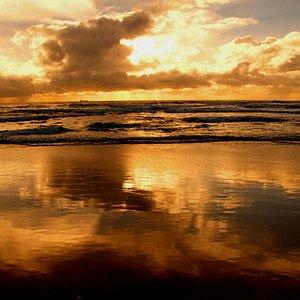 Sunrise at Moffat Beach