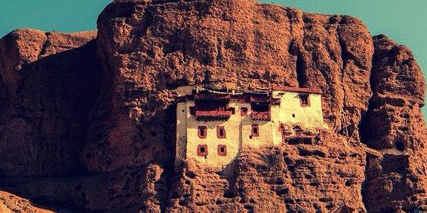 Cave Monastery, Kargil
