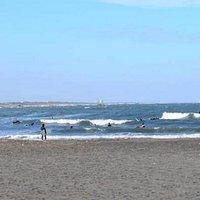 太東海水浴の海。サーファーで一年中にぎわう。
