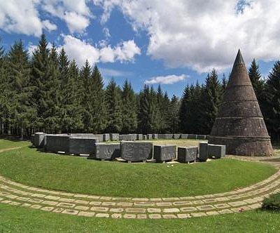 Spomenik slobode na Jasikovcu, Berane