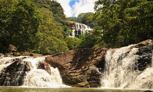 Last day on tour with Best of Lanka - trekked up to Ratna Falls