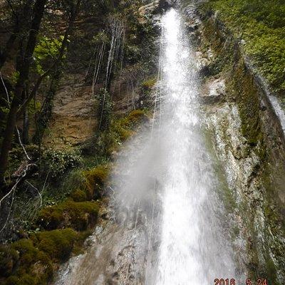 la cascata 28 metri