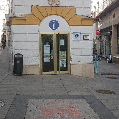 Oficina de Turismo de la Puerta de la Villa