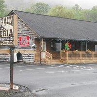 Mountain Pizzeria, near Camelback