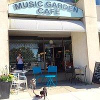 Delightful café opposite the Toronto Music Garden