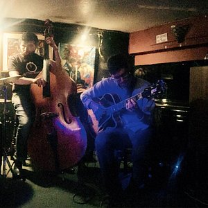 Jazz singers' jam, every Monday at Oliver's jazz bar from 9pm