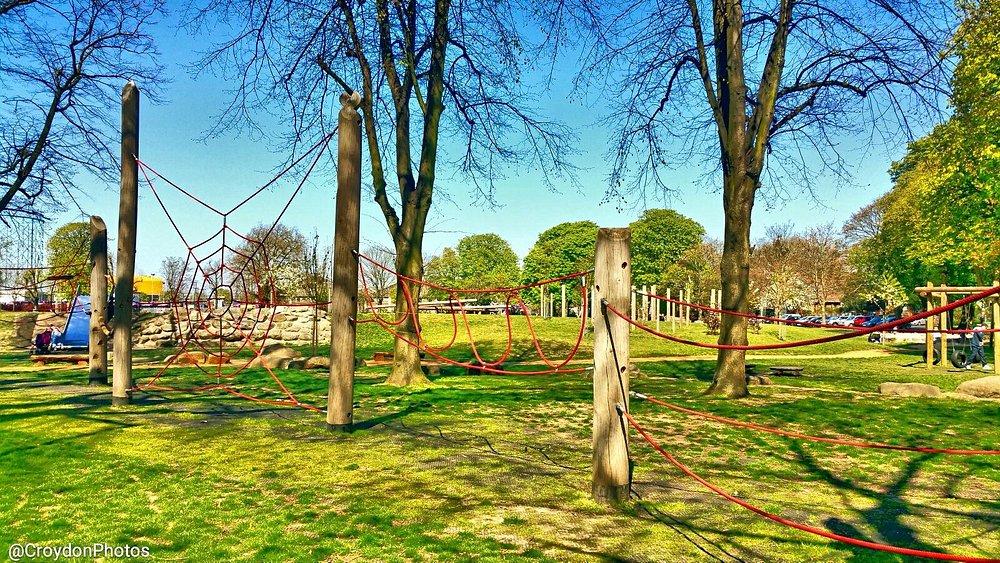 Climbing ropes at Wandle Park