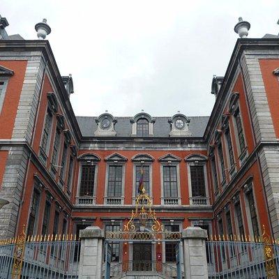 Задний фасад ратуши