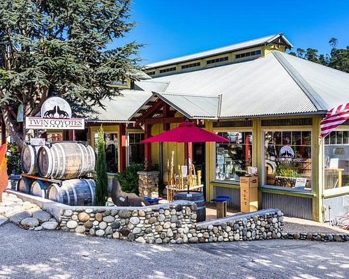 Welcome to Twin Coyotes Tasting Room!