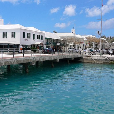 The White Horse Tavern on St. George's Harbor and King's Square, St. George's Bermuda