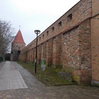 Stadtmauer mit Turm