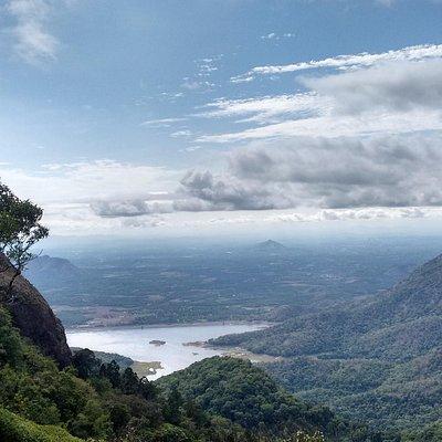 Keshavapara @ nelliyampathy..  close to the clouds