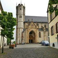 Stiftskirche St. Martin und St. Severus