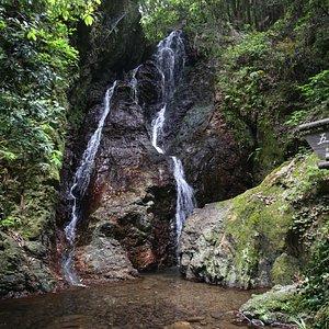 五常の滝(全景)