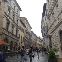 Glimpse on Via Gracciano: in the foreground, on the right Avignonesi palace, left Tarugi palace