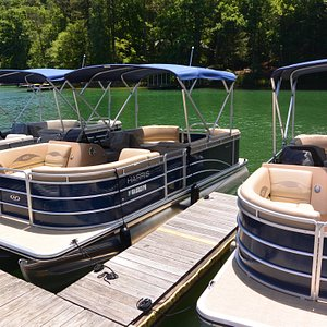 New 2016 Harris Tritoon Boat Rentals by the hour or the day