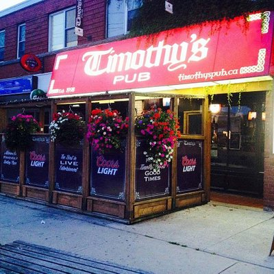 A lively nightlife at Timothy's Pub!