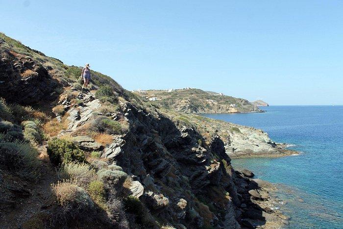 Coastal walk to Defini