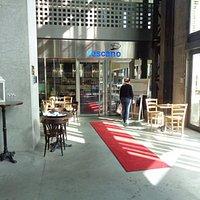 cafés e restaurantes