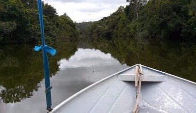 encontro do rio com lagoa encantada