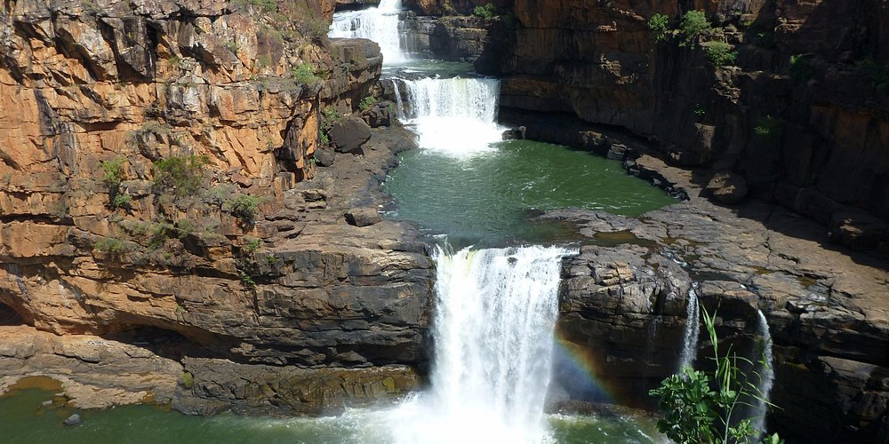 Mitchell Falls is worth turning off for. Also go on to Surveyors Pool.