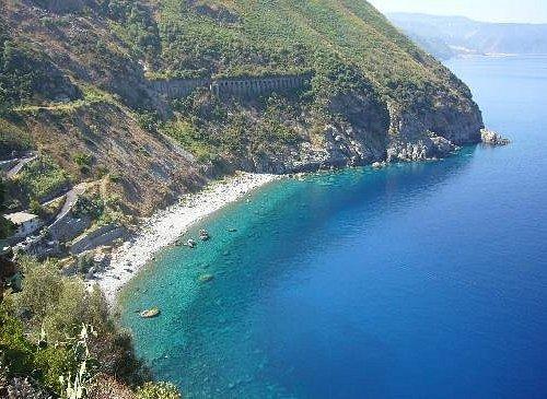 Spiaggia la Marinella (tratto della Costa Viola)
