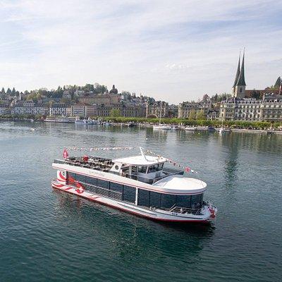 Fahrgastschiffe der SNG