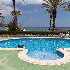 The Pool at the Vistasur Apartments
