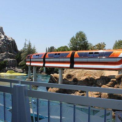 Monorail above Nemo Subs and heading around Matterhorn