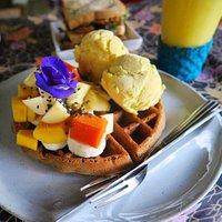 vegan and gluten free waffle  with fresh fruit and vegan ice cream