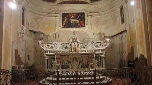 Interno, Altare chiesa San Salvatore