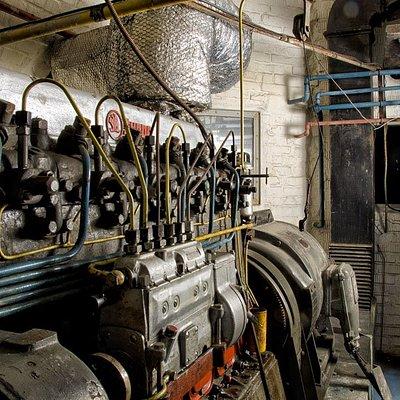 Diesel electric power generator in 10-Z: Skoda 1958