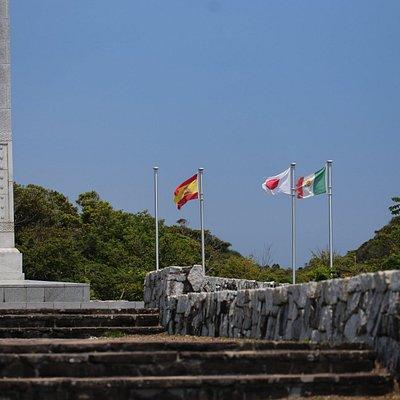 メキシコ記念公園の塔