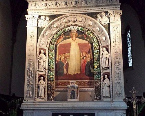 """Altare di Andrea della Robbia e """"Madonna della Misericordia"""" di Parri di Spinello"""