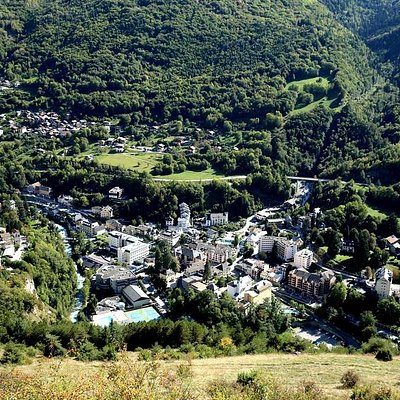 Le très joli village de Brides Les Bains <3