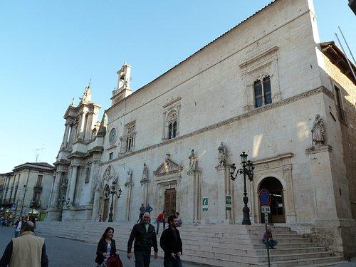 Corso Ovidio - Complesso della Santissima Annunziata