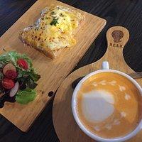 READ Cafe BKK
