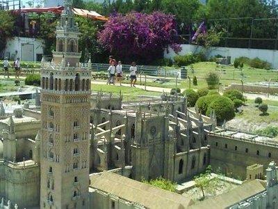 Maqueta Giralda y Catedral