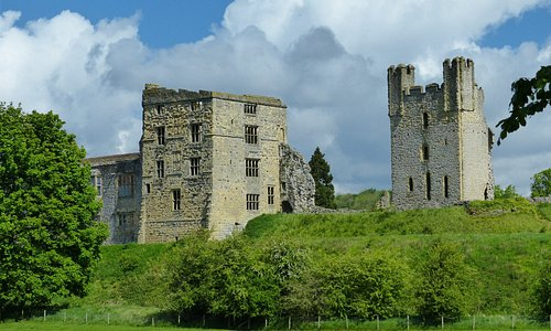 View of castle from Dumcombe Park